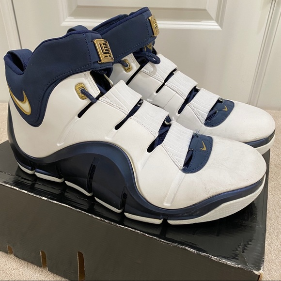 Nike Shoes   Nike Zoom Lebron 4 Size5